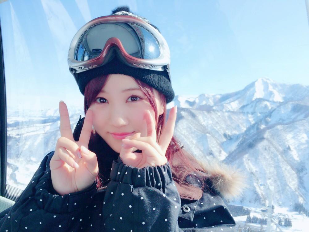 スキーウェアの星野みなみ(乃木坂46)の私服の画像