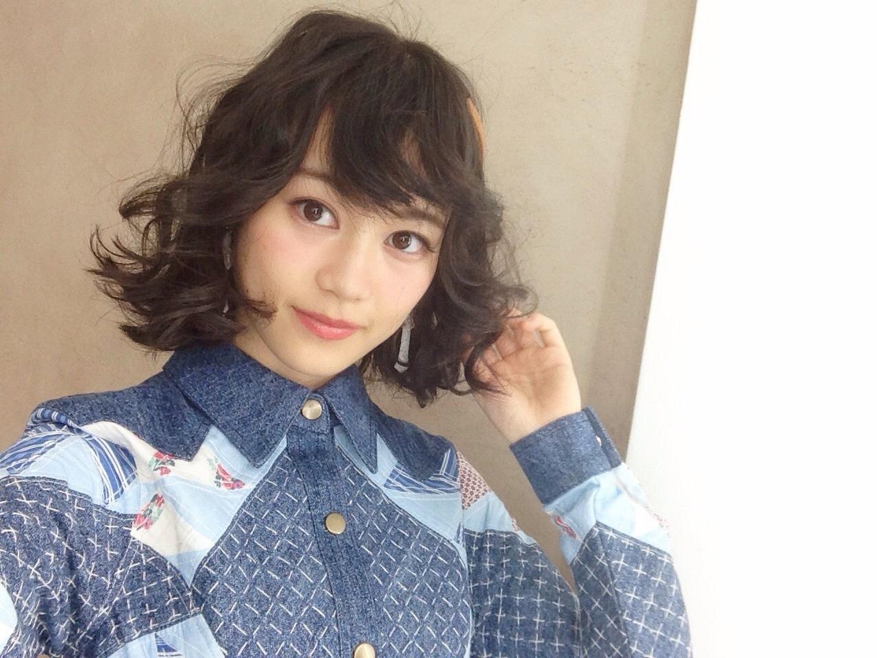 ふわふわなヘアスタイルの生田絵梨花