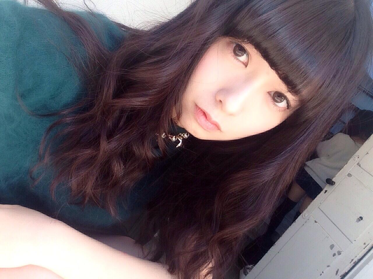 パッツン前髪な斉藤優里。