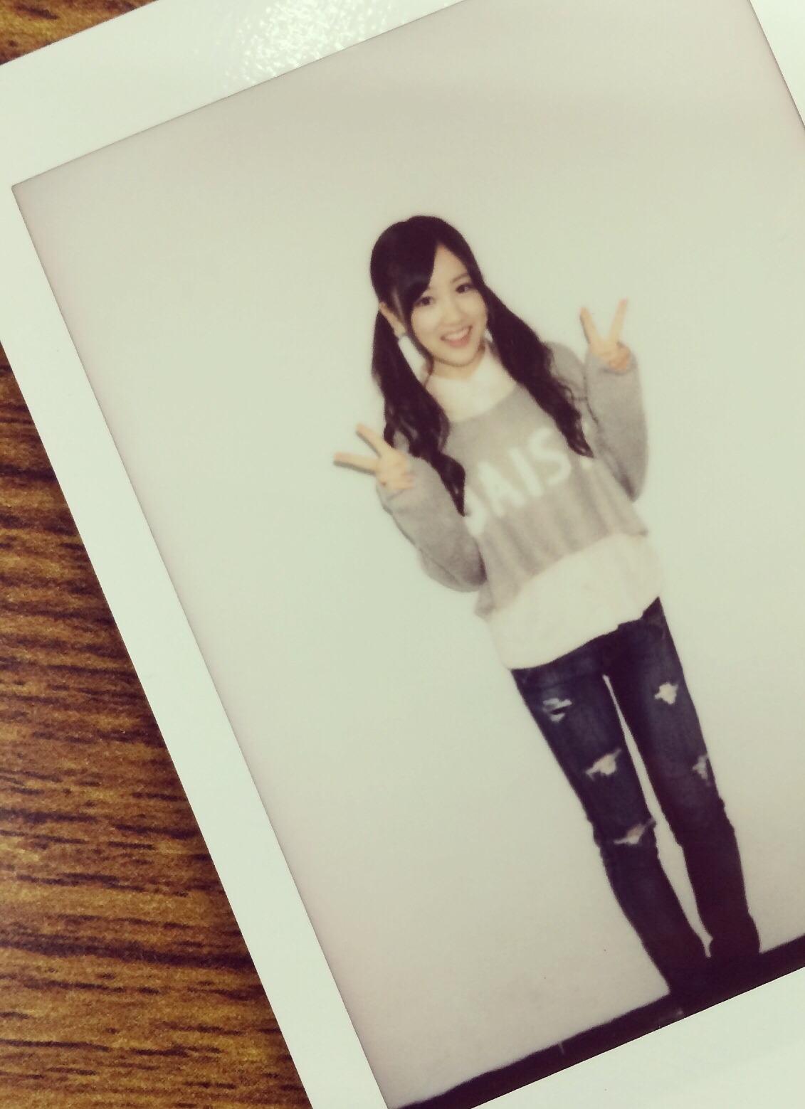 ジーンズの星野みなみ(乃木坂46)の私服の画像